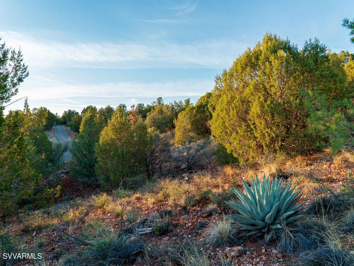 Lewis Way Sedona AZ Home. Photo 19 of 25