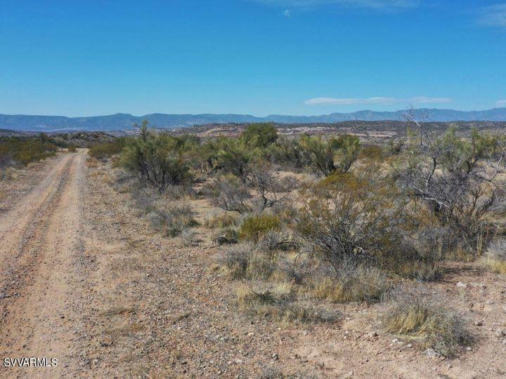 10.93 E Desert Willow Dr Rimrock AZ. Photo 30 of 50
