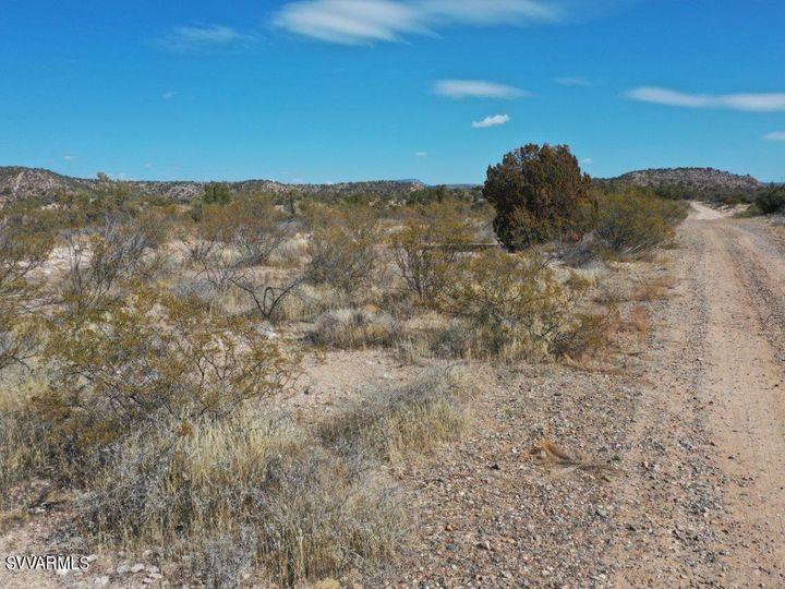 10.93 E Desert Willow Dr Rimrock AZ. Photo 31 of 50