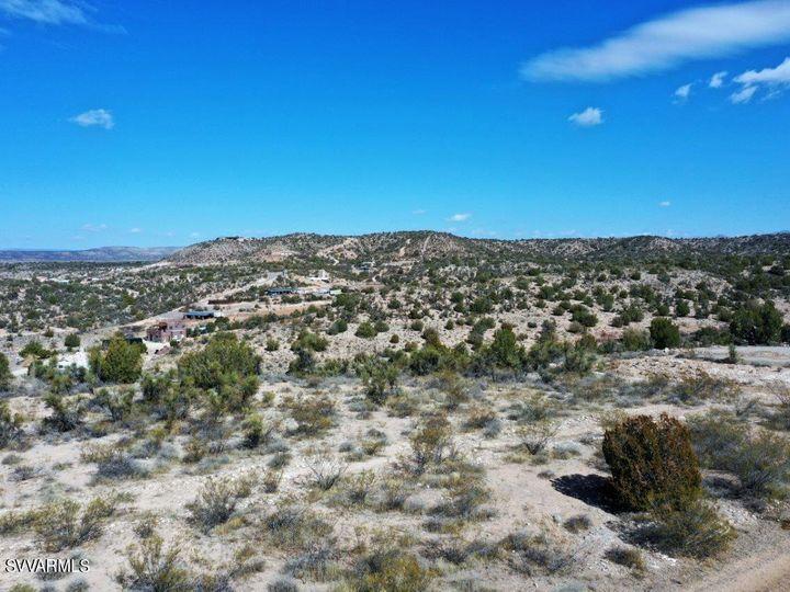 10.93 E Desert Willow Dr Rimrock AZ. Photo 6 of 50