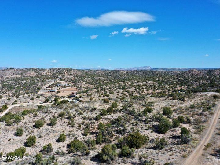 10.93 E Desert Willow Dr Rimrock AZ. Photo 7 of 50