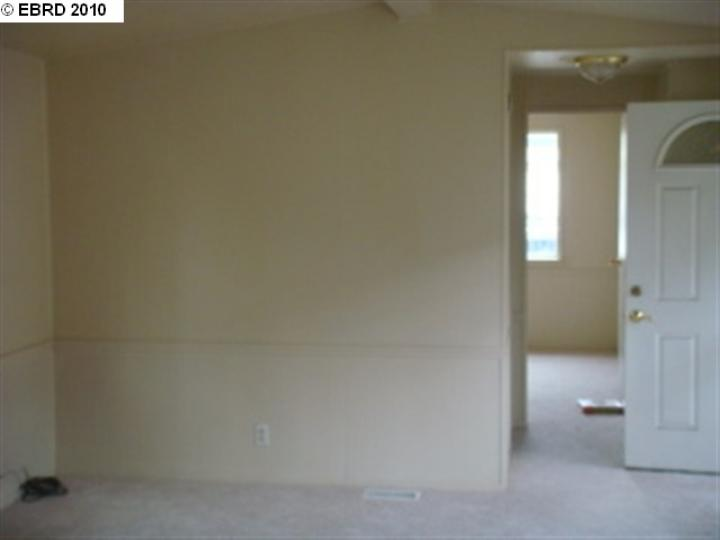 1216 88th Ave Oakland CA Home. Photo 6 of 6