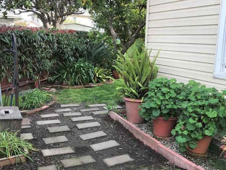 135 W Chanslor Ave, Richmond, CA, 94801 Townhouse. Photo 12 of 17