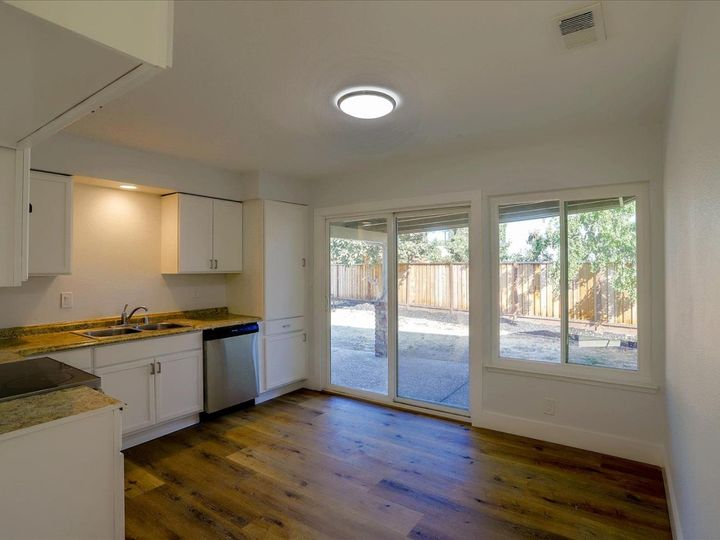 1398 Tofts Dr San Jose CA Home. Photo 8 of 32