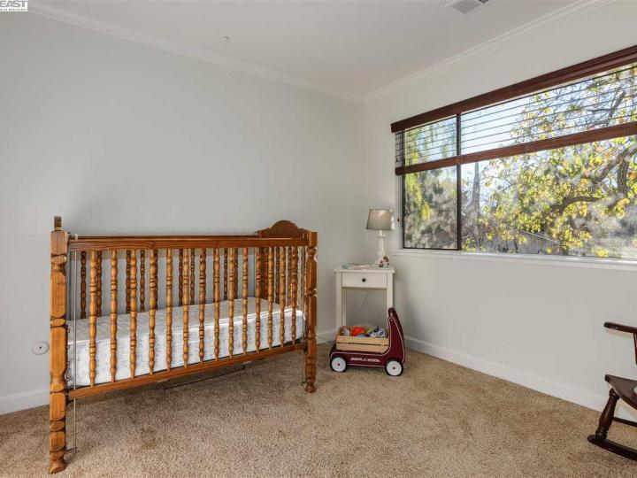 3045 Mayhew Ct, Walnut Creek, CA, 94597 Townhouse. Photo 16 of 26