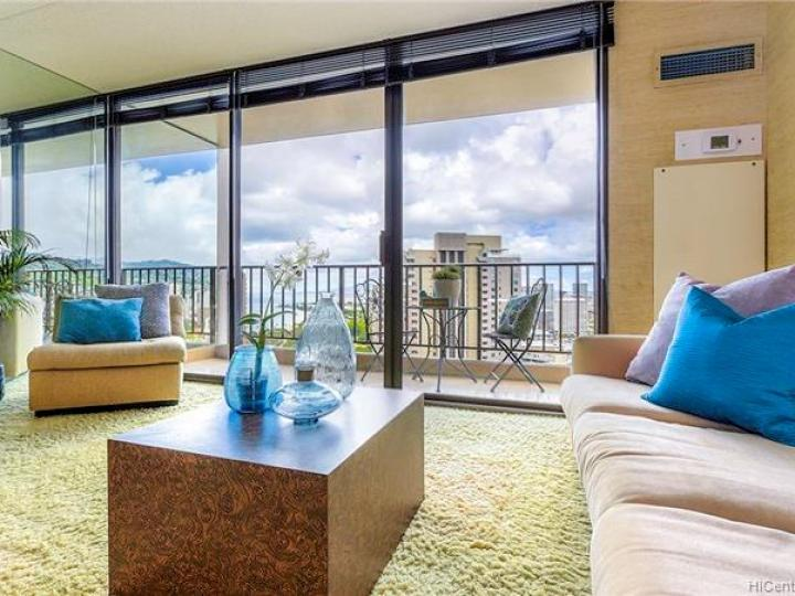 Chateau Waikiki condo #3610. Photo 6 of 25