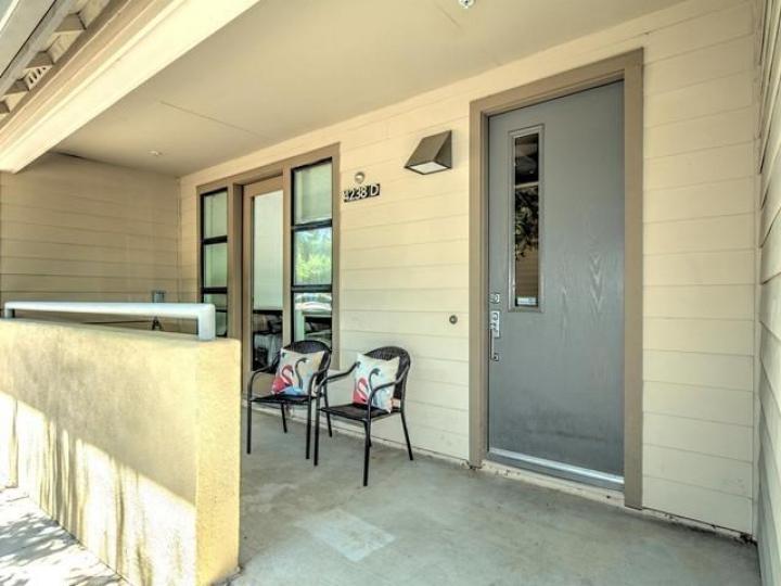 4238 Rickeys Way #D, Palo Alto, CA, 94306 Townhouse. Photo 15 of 19