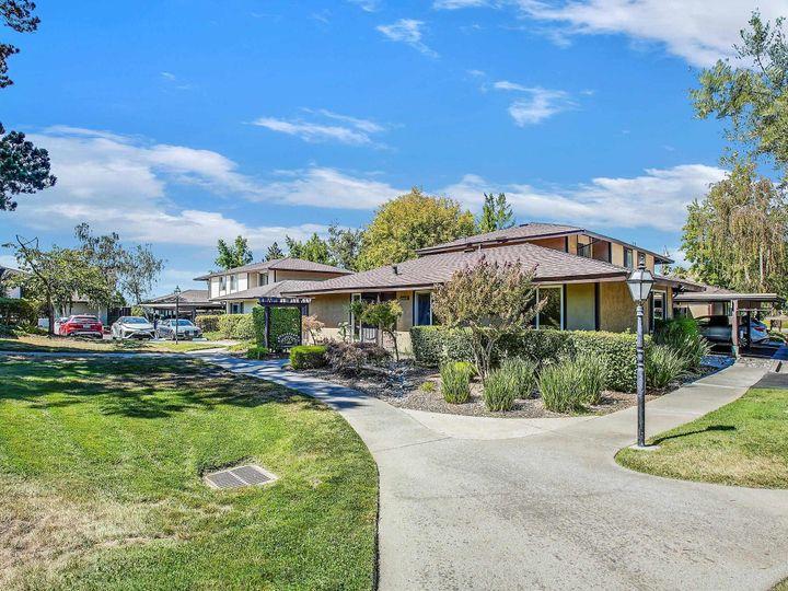 42935 Corte Verde, Fremont, CA, 94539 Townhouse. Photo 23 of 32