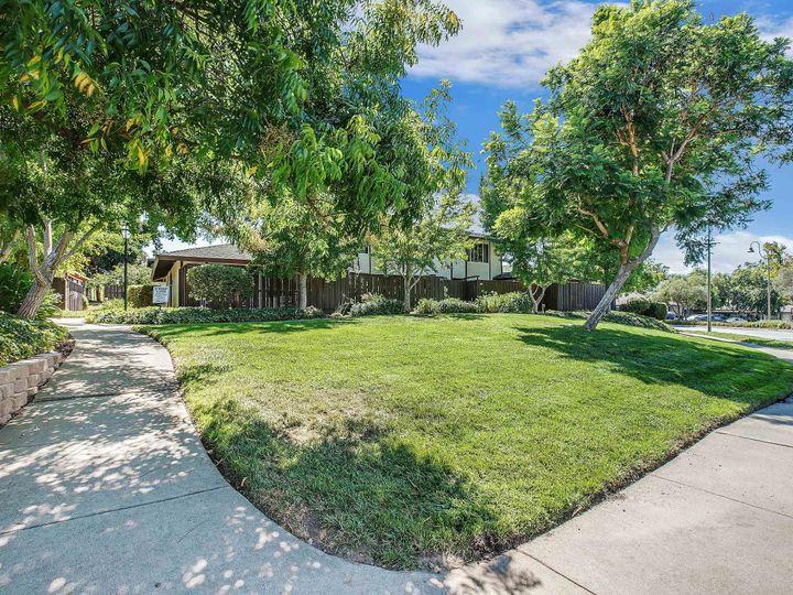 42935 Corte Verde, Fremont, CA, 94539 Townhouse. Photo 26 of 32