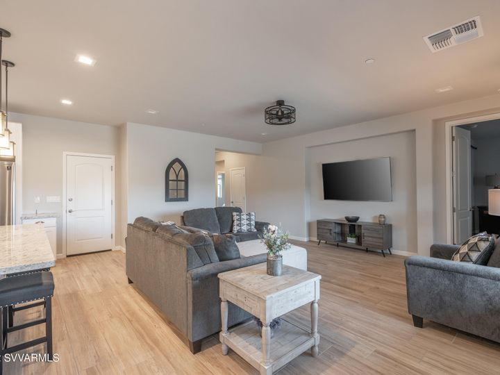 439 Mckinnon Rd Clarkdale AZ Home. Photo 7 of 16