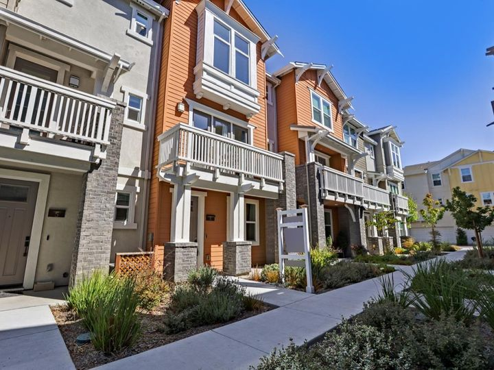 539 San Lorenzo Ter #4, Sunnyvale, CA, 94085 Townhouse. Photo 1 of 40