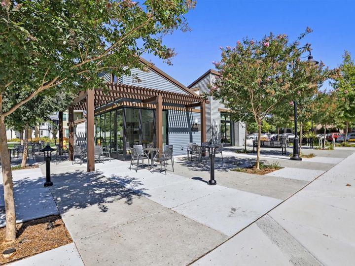 539 San Lorenzo Ter #4, Sunnyvale, CA, 94085 Townhouse. Photo 38 of 40