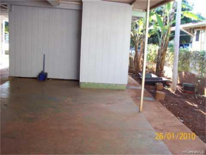 94305 Honowai St Waipahu HI Home. Photo 8 of 10