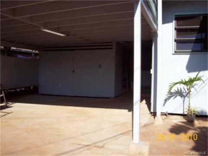 94305 Honowai St Waipahu HI Home. Photo 9 of 10