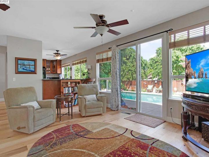 945 Wynn Cir Livermore CA Home. Photo 11 of 40