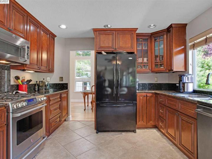 945 Wynn Cir Livermore CA Home. Photo 14 of 40
