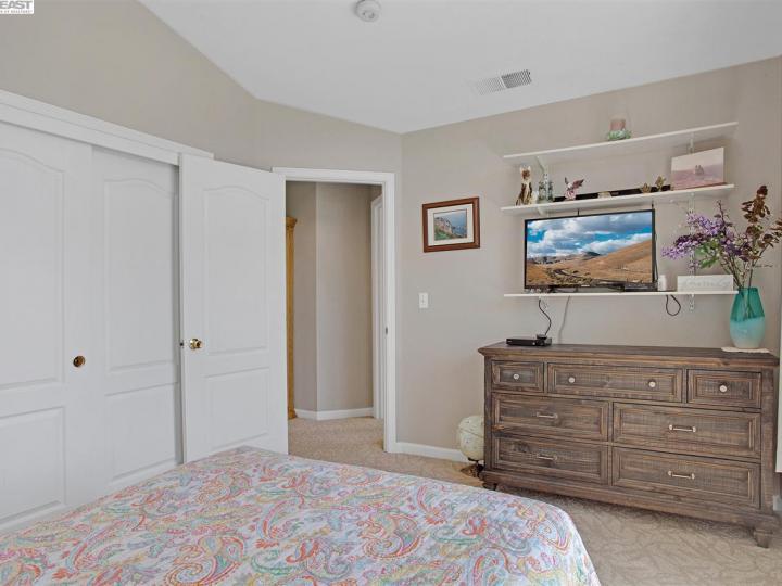945 Wynn Cir Livermore CA Home. Photo 28 of 40