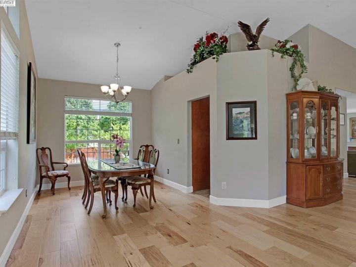 945 Wynn Cir Livermore CA Home. Photo 6 of 40