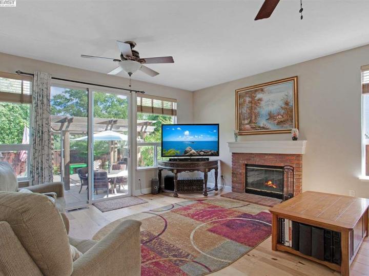 945 Wynn Cir Livermore CA Home. Photo 8 of 40