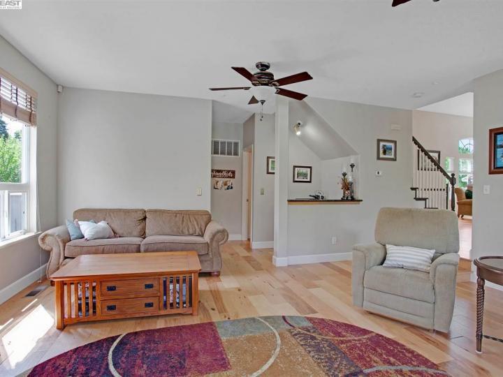 945 Wynn Cir Livermore CA Home. Photo 10 of 40