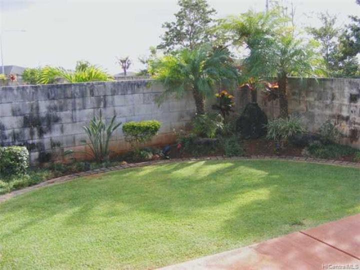 951029 Mahea St Mililani HI Home. Photo 5 of 10