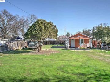 1112 N Mitchel, Turlock, CA