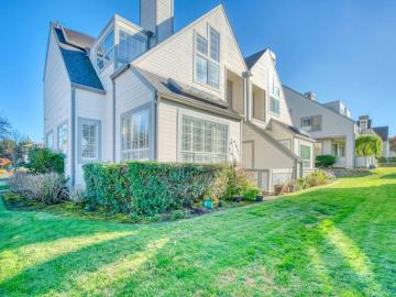 120 Turnberry Rd, Half Moon Bay, CA