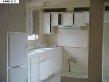1216 88th Ave Oakland CA Home. Photo 2 of 6