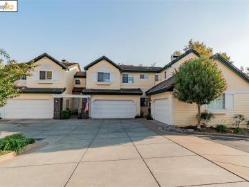 1327 Shell Ln, Oakhurst, CA