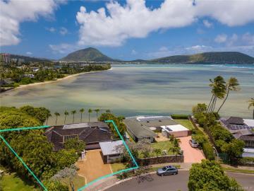 134 Niuiki Cir Honolulu HI Home. Photo 2 of 17