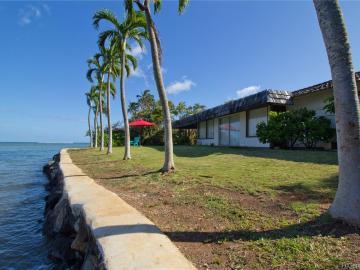 134 Niuiki Cir Honolulu HI Home. Photo 3 of 17