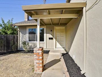 1398 Tofts Dr San Jose CA Home. Photo 4 of 32