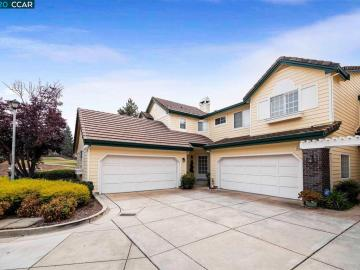 1433 Indianhead Cir, Oakhurst, CA