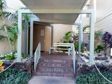 Punahou Gardens Apts condo #A613. Photo 2 of 5