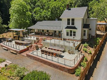 16790 Armstrong Woods Rd, Guerneville, CA