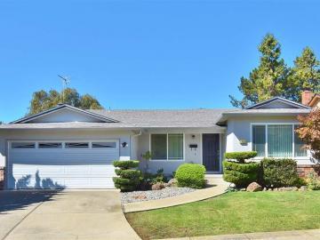 17859 Hillside Ct, Proctor, CA