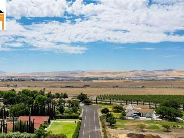 23388 Los Ranchos, Los Ranchos Est, CA