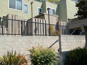 24288 Dover Ln, Hayward Hills, CA