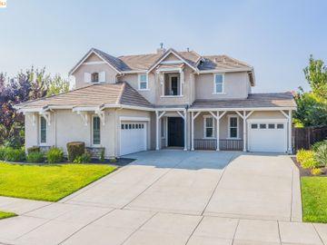 2911 Mesa Oak Ct, Deer Ridge, CA