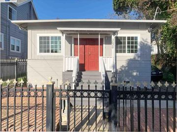 3030 Nicol Ave, Oakland, CA