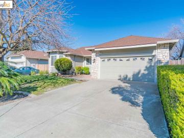 309 Redrock Dr, Eagle Ridge, CA