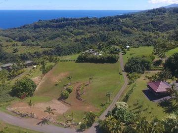 320 Hanauana Rd, Kailua Town, HI