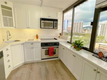 343 Hobron Ln unit #902, Waikiki, HI