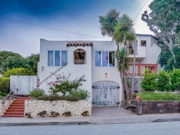 381 Laurel Ave, Pacific Grove, CA