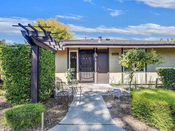 42935 Corte Verde, Fremont, CA, 94539 Townhouse. Photo 2 of 32