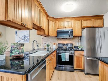 42935 Corte Verde, Fremont, CA, 94539 Townhouse. Photo 4 of 32