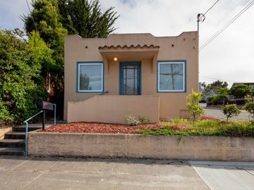 431 Central Ave, Pacific Grove, CA