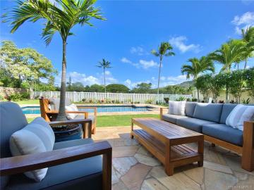 463 Iana St, Enchanted Lake, HI