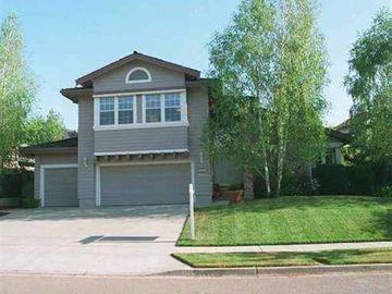 5083 Muirwood Dr, Forest Hills, CA