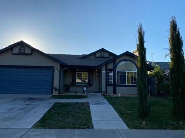 517 Brigadoon Ln, Waterford, CA